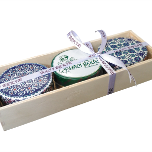 Assorted Turkish Delight in a Wooden Box, 9.87oz - 280g