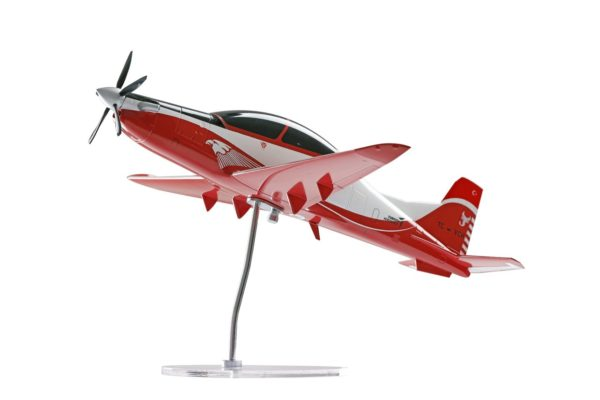TAI Hurjet Turkish Basic Trainer and Ground Attack Aircraft 1/32 Model